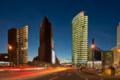 Evening Traffic (Dietrich Bojko Photographie) Tags: city berlin germany deutschland evening cityscape explore potsdamerplatz frontpage dri nigth dietrichbojko dietrichbojkophotographie