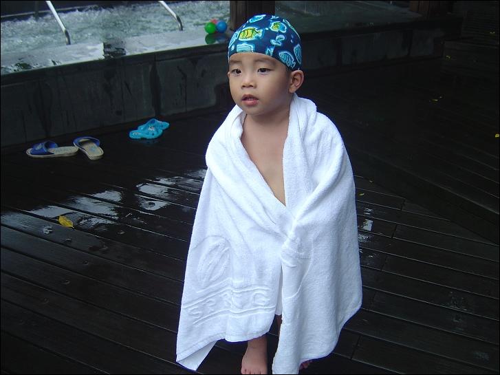 春天酒店泡溫泉09