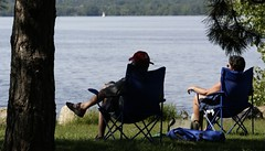 Enjoying the View (James Knox) Tags: ottawa ottawariver andrewhaydonpark