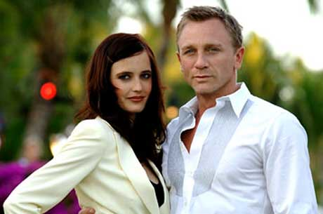 Eva Green & Daniel Craig by roguespy007