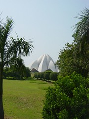 Lotus Temple - Delhi (pchowhan) Tags: sony digi