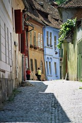 A medival road, Sigishoara, Romania (liormania) Tags: old city people building history construction masonry medieval structure romania sighisoara transylvania transilvania oldcity rumania roumanie edifice erdly schassburg sighioara ardeal siebenbrgen rumanian rumanien sigisoara schburg segesvar segesvr sigishoara siedmiogrd bakalu mbakalu transilvanija erdel sedmohradsko transylvnia