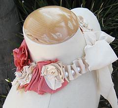 Silk Flower Necklace DIY -SIDE