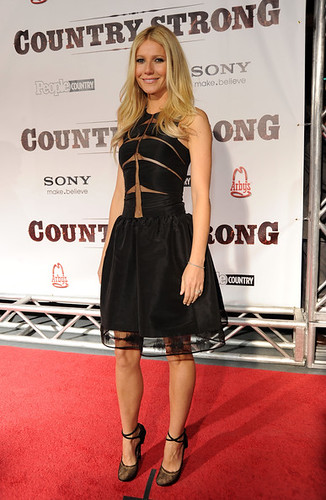 Gwyneth+Paltrow+Country+Strong+Premiere+Gwyneth+pILSLUAvPVll