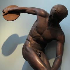 Cast Gallery, Ashmolean Musueum, Oxford (Martin Beek) Tags: sculpture art nude body cast figure classical copy myron discobolus humanform ashmolean ashmoleanmuseum figurativeart humanfigure