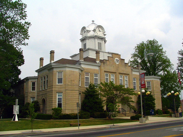 Cumberland County Courthouse - Crossville, TN