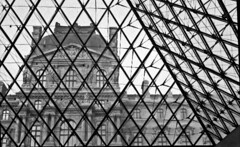 Muse du Louvre, 1995 (William Elder) Tags: city blackandwhite bw paris france art film museum modern 35mm europe downtown cityscape noiretblanc fineart style best greyscale artdistrict fineartphotography avantgarde whiteandblack musedulouvre artmuseums williamelder austinphotoartist