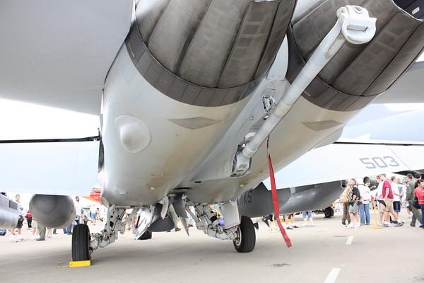 EAA10_EA-18G_28