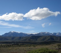 Swartberg Mountains, South Africa - YES with SNOW on them (Percy Tours Hermanus) Tags: hermanus southafrica capetown tours easterncape westerncape percytours swartbergmountains