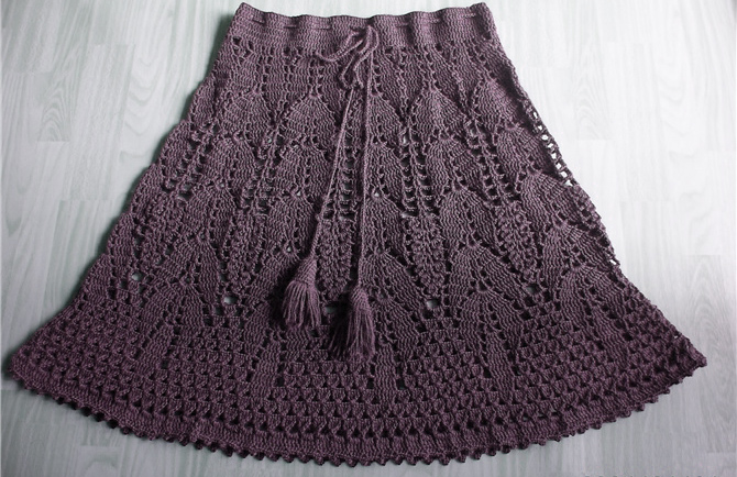 Knit Skirt Pattern : hand knitted mini-skirt patterns Free Knitting Patterns