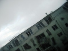 rainy_1.JPG (mascha_?) Tags: house rain distorted no blurred filter