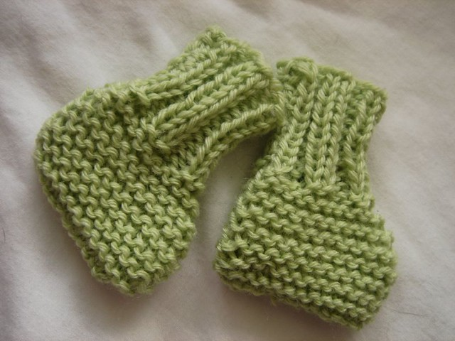 Ravelry Easy Knitted Booties Pattern By Bundles Of Love