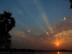 [69/365] sunset rays (explored!)