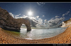 204/365 - Durdle.Door.@.1250x725 (Pawel Tomaszewicz) Tags: door camera new uk blue sea wallpaper england sky cloud fish eye beach colors beautiful clouds photoshop canon island photography eos coast photo high sand foto view image photos quality creative picture pebbles images x fisheye dorset gb 1200 hq fotografia 800 fable lulworth anglia aparat iphone pawel durdle jurrasic ipad chmury niebo chmura 3xp photomatix wyspa wyspy eos400d 1200x800 fotografowie polscy tomaszewicz paweltomaszewicz