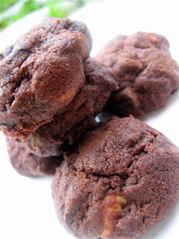 Choc PB Chip Cookies (Jun07)a