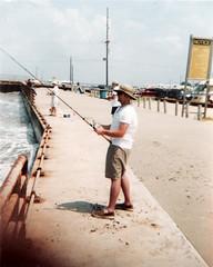 Cast (neekatnite) Tags: fishing 110 bolivar ansco50