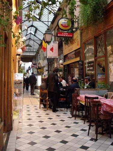 Passage des Panoramas, Paris. [Photo by deneux_jacques]