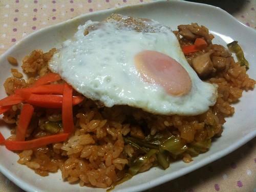 #jisui ナシゴレン気取りにチキンライス作ったよ!チリソースとエビミソがふわっと美味い!