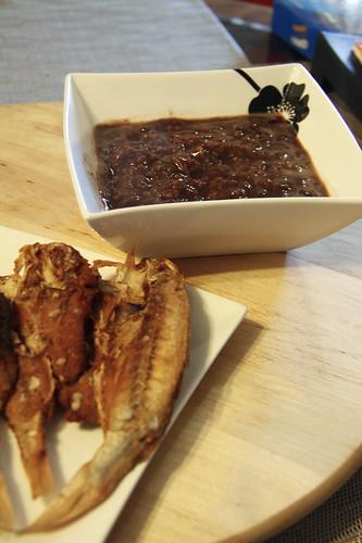 how to cook adobong tuyo