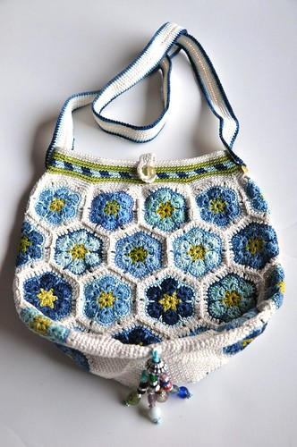 Mia's Blues crochet bag-3