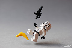 Rebel secret weapon (legojeff) Tags: trooper toy toys starwars nikon lego banana stormtrooper banane toyz d80 lifeonthedeathstar lyontotalrecalldefi2010