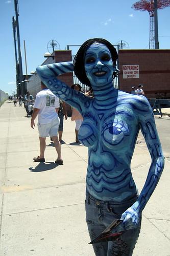 Прикольные фото, картинки, синяя женщина