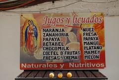 Jugos y Licuados Guadalupe (Ilhuicamina) Tags: signs mexico oaxaca juices jugos guadalupe tiendas licuados