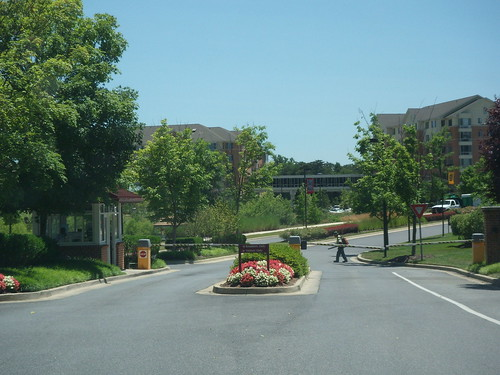 Riderwood Village Gate