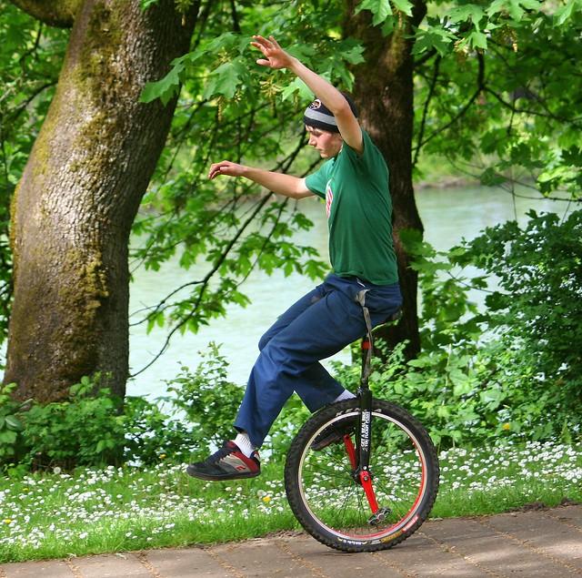Uni-Cyclist 3