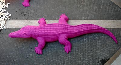 cocodrilo rosa