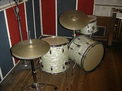 Classic 1960's Ludwig 4 piece white marine pearl finish drum set at Motown Studios, Detroit (stevesobczuk) Tags: drumset detroit ludwig berrygordy vintagedrums motown fourpiece hitsvilleusa thesoundofyoungamerica keystonebadge recodingstudios