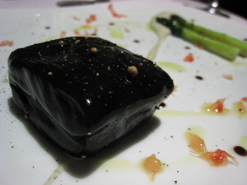 """Salmon poached with liquorice, pertuis asparagus, pink grapefruit, """"Manni"""" olive oil"""