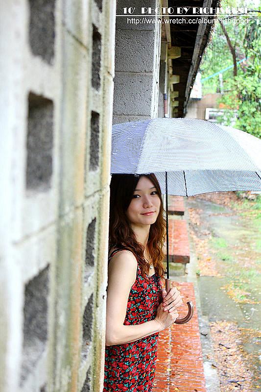 雨天橋頭---家貝