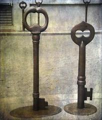 Keys (Gilding Lilies) Tags: sanfrancisco keys skeletonkeys largekeys
