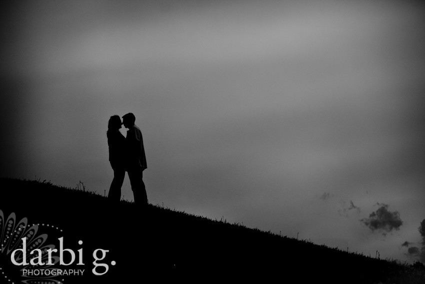 DarbiGPhotography-OmahaKansasCity wedding photographer-120.jpg
