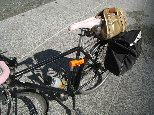 rack tote with pannier