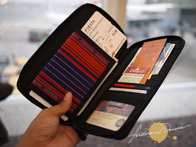 Design Go Travel Wallet in Hong Kong