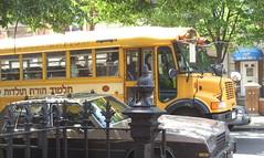 Yiddish school bus. Brooklyn (pijus) Tags: street city nyc vacation ny newyork yellow brooklyn america island calle manhattan may ciudad amarillo mayo jews schoolbus isla illa yiddish nuevayork maig novayork judios leeavenue ciudade