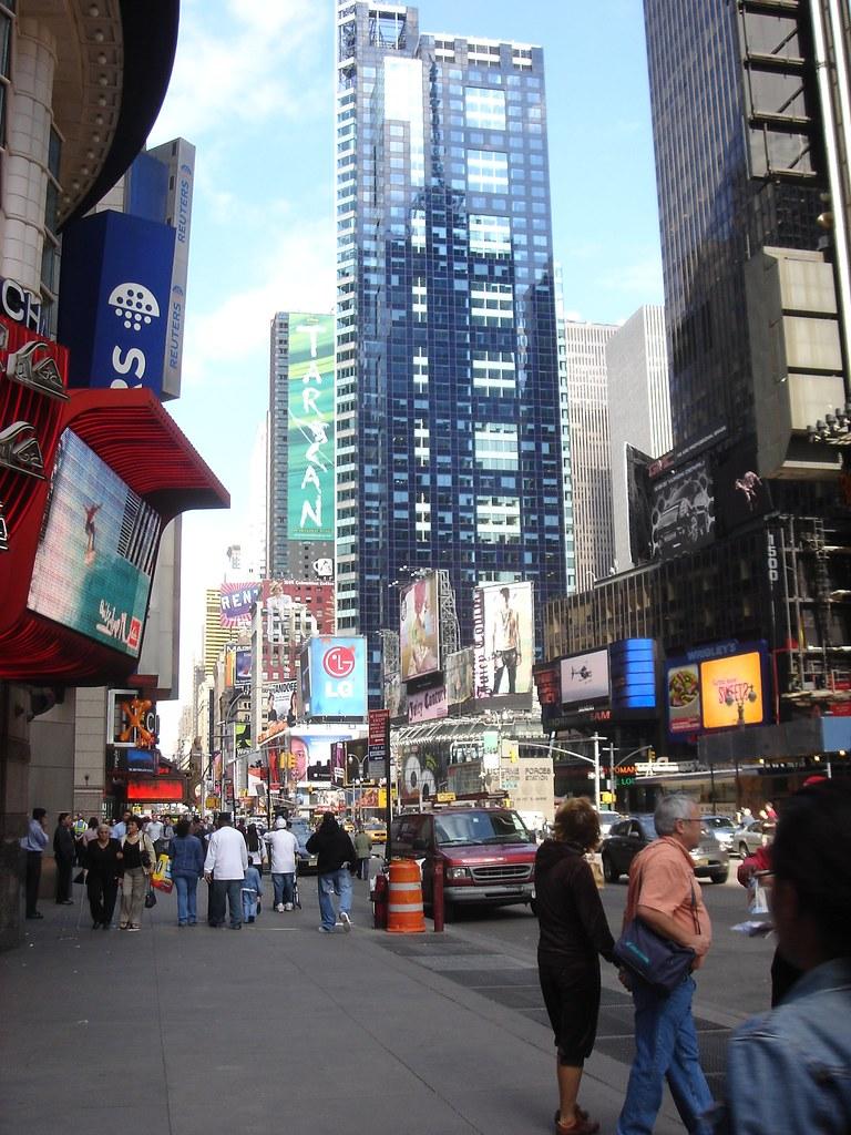 04cc86e99c New-York-City (Zain Hasan) Tags  nyc usa newyork square tourists