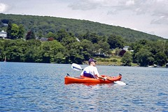 Michael with Hopkins Inn as the background (ct_kayak) Tags: kayak acm kleinert waramaug liquori pietrobono