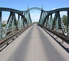 Bridge across Krefeld harbour (Koos_Fernhout) Tags: bridge germany geotagged deutschland pont brug brcke allemagne swingbridge duitsland strictly distillerie draaibrug koosfernhout geo:lat=51343856 geo:lon=6662623