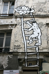 by Zoo Project (oeildetat) Tags: streetart paris graffiti spray urbanart textures cans graff aerosol maison mur faade artmural pgc arturbain rouleaux zooproject frenchgraff oeildetat matirres