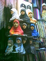 سوق دمشقي (stefelix) Tags: hijab syria souk damascus siria suq damasco دمشق higab stefelix