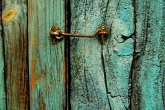 Closed (... Arjun) Tags: door wood blue 15fav texture 1025fav 510fav nikon rust asia iron closed peeling paint decay rusty 100v10f blocked textures 2550fav 500v50f 50100fav d200 macau 1000v100f 2007 stopped parallellines congested clogged bunged 18200mmf3556g bluelist 100200fav 5000v500f stoppedup flickrelite 200500fav 5001000fav