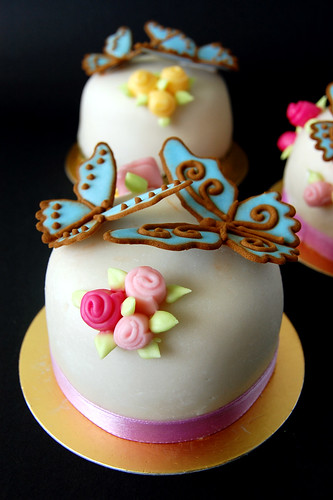Miniature Sugar Paste Cakes