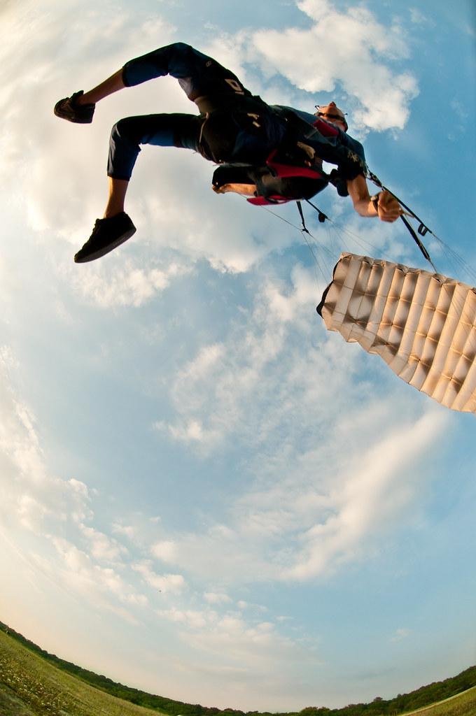 Swoopin By Orlando Photo Chic Tags Ny Flight Longisland Landing Canopy Swoop Parachute