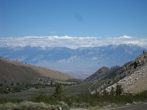 Decending CA168 to Owens Valley