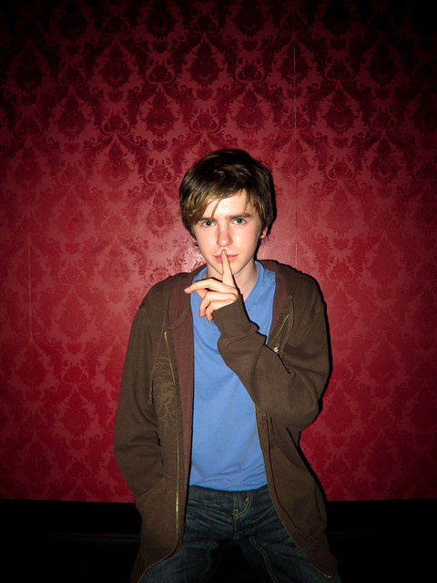 Homework Freddie Highmore