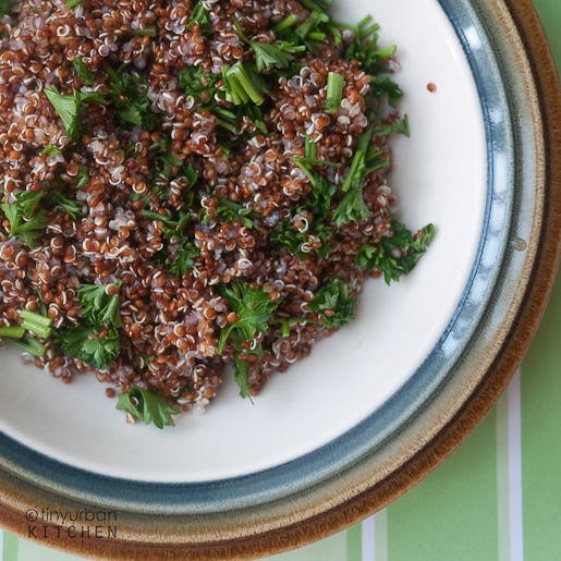 Red quinoa with Parsley