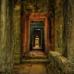 Angkor Wat passageway